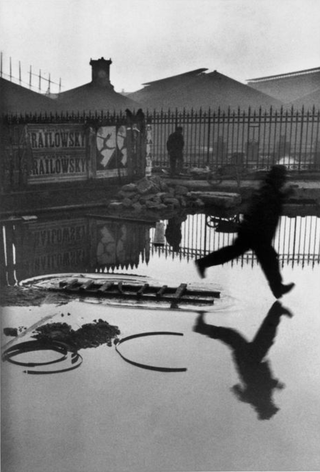 FRANCE. 1932. Paris. Place de l'Europe. Gare Saint Lazare. Henri Cartier-Bresson. www.magnumphotos.com