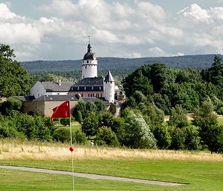 Golfarrangements und Packages mit Golfclubs inder Eifel