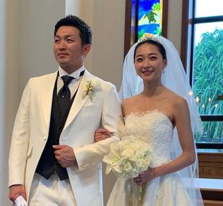 鈴木誠也(広島東洋カープ)×畠山愛理(元新体操日本代表、タレント)夫婦