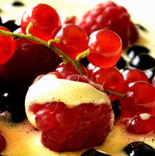 blåbær bringebær sabayonne oppskrift