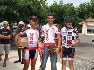 """Le podium des """"4ème catégorie"""": J-Claude, Thierry et M. Gouron"""