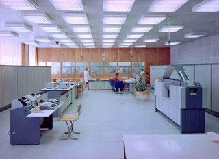 Rechenzentrum mit Robotron R300 (Quelle: Uni Halle)