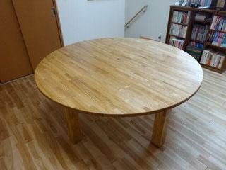 タモ集成材の自作円卓テーブル