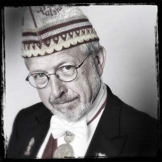 Foto Holzblock mit dem Senator Heinz Bettmann