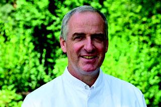Dr. Wolfgang Rimili, Chefarzt der Abteilung Innere Medizin und Gastroenterologe der Hunsrück Klinik