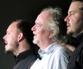 Nicht die drei Tenöre, nein, die drei Hengstmänner heizten dem Publikum so richtig ein.