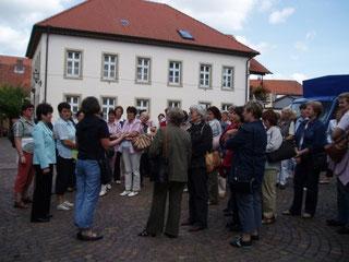 vor dem Konrad Zuse Museum