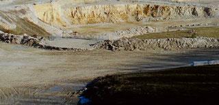 Der Kalksteinbruch auf dem Plettenberg    ---  Foto Klaus Irion