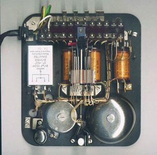 Grundplatte vom ZB Telefonapparat W 48 von Siemens & Halske - Berlin 1958