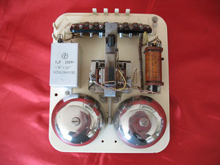 Grundplatte vom W 48 elfenbeinfarbig von Siemens & Halske Berlin 1956