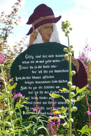 Hinweistafel im Kräuterpark Stolpe