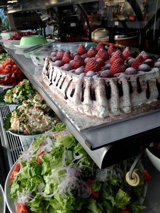 手作りのデザートが並ぶChurrascaria Choupanaのショウケース