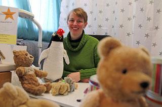 Stefanie Bohn aus Karlsruhe von der Kuscheltier-Klinik