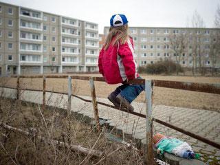 Im reichen Deutschland sind rund 13 Millionen Menschen von Armut bedroht. Foto: Patrick Pleul/Illustration