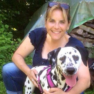 Carmen mit Dalmatinerhündin Finja