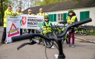 Foto: Pressestellender Polizei