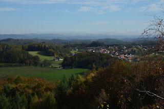 Blick vom Hohen Kreuz auf Engelhardsberg