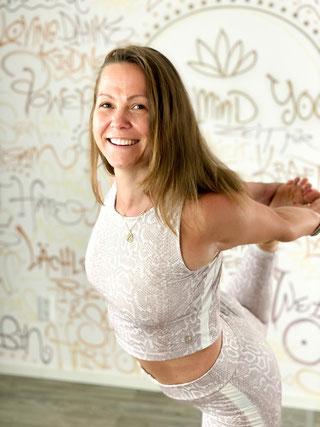 Jasmin Fege Yoga Coaching