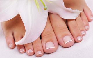fachgerechte Fußpflege für gesunde Füße auf Schritt und Tritt