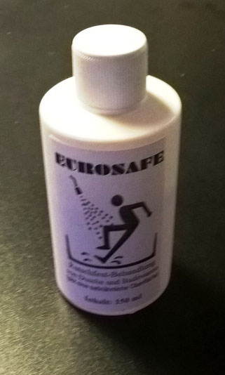 Eine solche Flasche reicht für eine Duschtasse UND eine Badewanne. (Bei der Wanne nur den Boden behandeln). Damit können sie ihre Dusche selber rutschfest machen. Oder Fliesen.