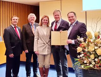 Dr. Pedro Gerstberger (2. v. rechts) mit Mitgliedern der SPD-Stadtratsfraktion ( v. L. Dr. Christoph Rabenstein, Siegfried Zerrenner, Dr. Beate Kuhn und Thomas Bauske)