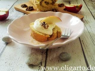 Biskuitrolle mit Apfel Unda Walnuss Oligarto Rezepte