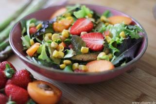 Salat mit Obst und Gemüse Oligarto Rezepte