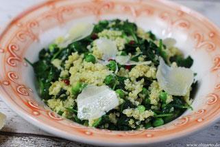 Hirse mit Erbsen und Spinat Olivenöl Oligarto
