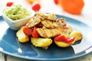 Kabeljau karibisch mit Kartoffeln und Salsa Oligarto
