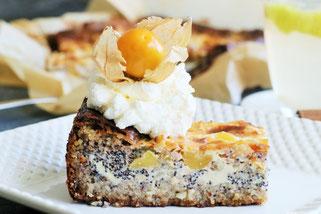 Leckerer Kuchen mit Mohn, Apfel und Olivenöl Oligarto