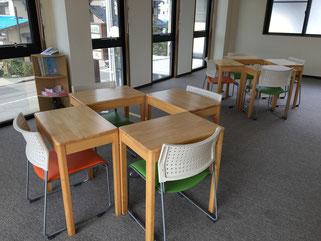 教室内の様子です。ちょっとしたカフェっぽいでしょ?