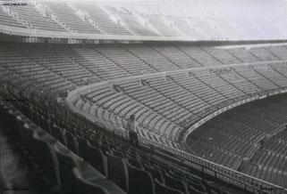 """""""Alleine im Camp Nou, Barcelona. Vom Museum aus habt Ihr direkten Zugriff das spektakuläre Stadion Barcas #FCBarcelona #BarcelonaCF."""""""
