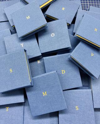 Personlisieren, Prägen, Geschenkidee für Männer, geprägter Block