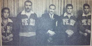 Die Mannschaft aus Peru mit ihrem Präsidenten      v.l.: Sugahara, Ratto, Präsident Felix Picaso Rodrguez, Gonzales, Legarda