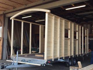 zirkuswagen kaufen vom zirkuswagen bau holzbau pletz. Black Bedroom Furniture Sets. Home Design Ideas