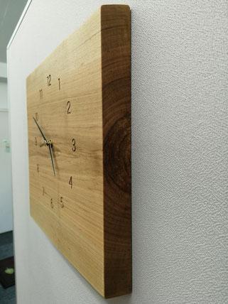 山桜,無垢材,掛け時計オリジナル時計,無垢時計