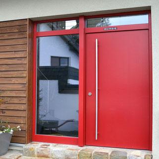 Haustür aus Holz Schreinerei Wilden Simmerath Aachen Eifel Köln Fensterbau Hersteller