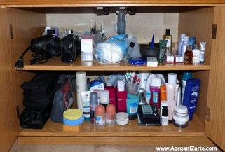 Despeja la zona bajo el lavabo para colocar las toallas - AorganiZarte