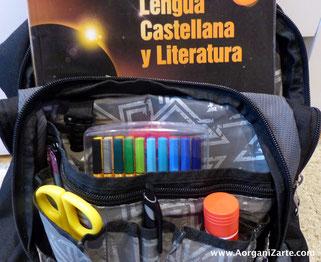 El estudiante puede utilizar una mochila con secciones para que todo esté más organizado - AorganiZarte
