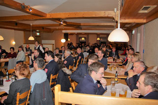 Viele Gäste besuchten den Ehrenabend der Freiwilligen Feuerwehr Falkenfels