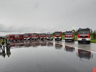 Aufstellung der teilnehmenden Feuerwehren