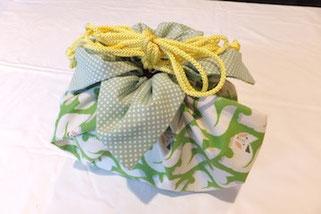 Iさまの作品☆ 丁寧に縫ってしっかり作ってらしたIさま。グリーンと黄色で優しい印象ですね♪