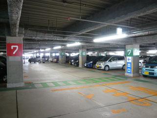 4F駐車場