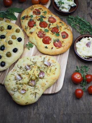 Focaccia Brot in drei Varianten