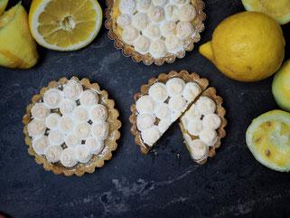 Zitronen Tartelettes mit Lemon Curd und Baiser