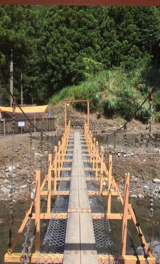 明ヶ島キャンプ場のつり橋