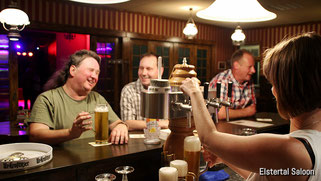 Getränke im Elstertal Saloon