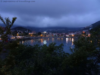 Amasra bei Nacht