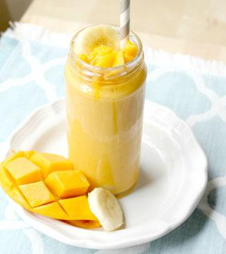 Creamy Mango Banana Smoothie