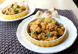 Flavorful Caulifower and Chickpea Curry